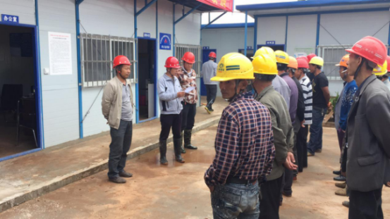 """云南工艺美术学校新校区建设项目二标段开展""""安全月""""启动仪式"""